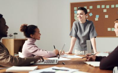 The Strategic Role of Digital Consultants for Startups and Small Businesses